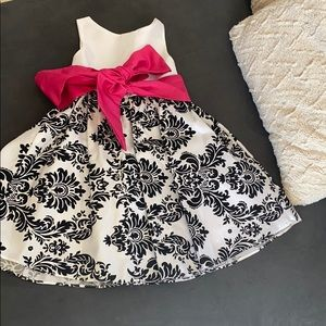 Kids Dream Black and White Little Girl Gown